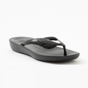 Iqushion Feather Flip-Flops